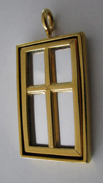 "Ole Bent Petersen: Pendant ""WINDOW"""