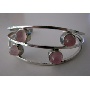 Perli sleek 60s bracelet with rose quartz cabochons