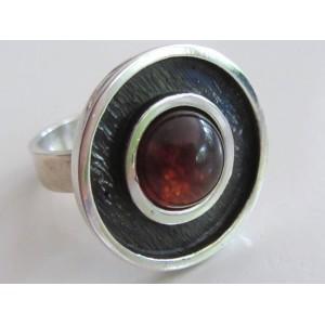 Brd B wonderful elegant ring with amber cabochon, sterling silver